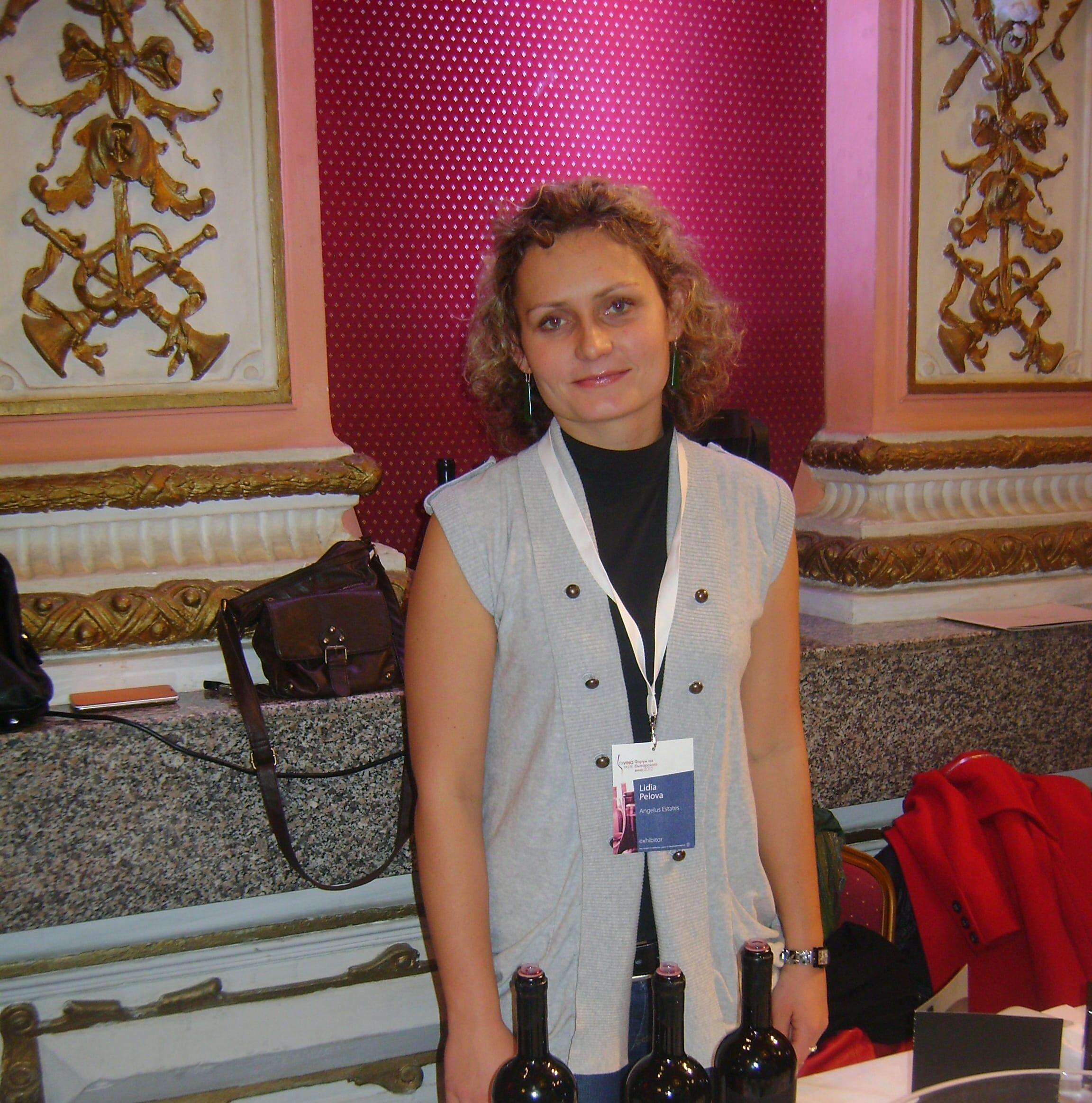 Нашият винен гид по южното черноморие - Лидия Пелова